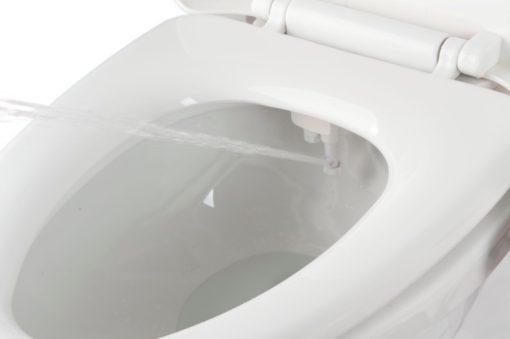 Le kit wc japonais intègre deux jets d'eau lavants